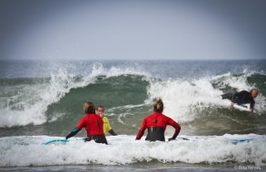 Come on, let's surf!